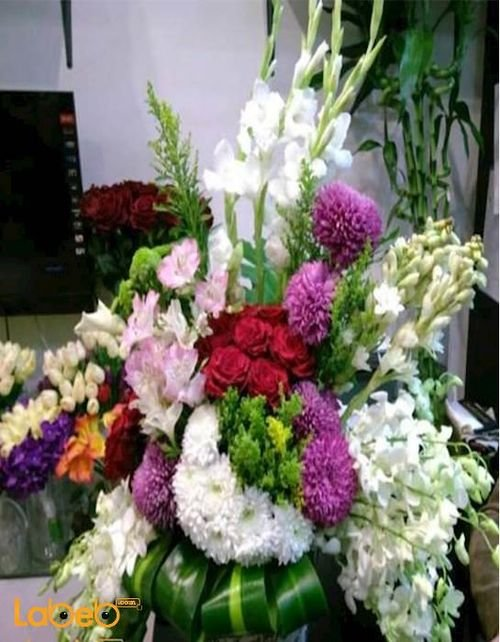 Natural flowers with base Red Pink Green White