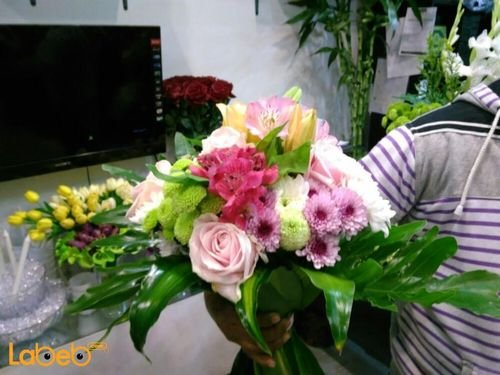 Natural flowers bouquet Yellow Pink White & Red