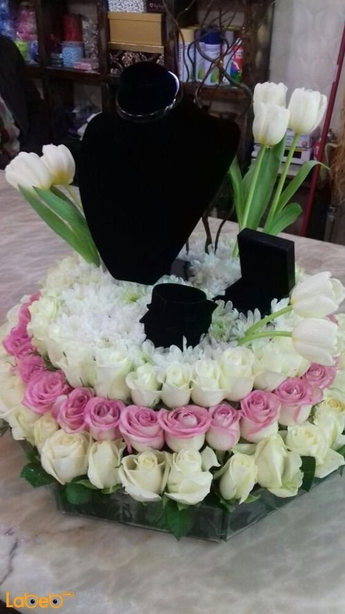 Natural flowers bouquet with wedding Jewelry pink & white colors