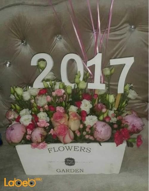 Wooden box with naturall flowers pink and white with 2017 design