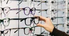 تعرف على أنواع إطارات النظارات وميزاتها وعيوبها
