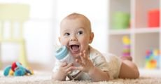 دليل اختيار زجاجة الرضاعة للطفل وأنواع الرضَاعات وأسعارها