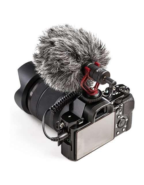 مايكروفون كاميرا خارجي من Boya، منفذ 3.5 ملم، لون أسود