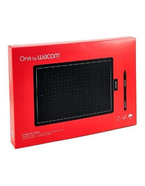 لوح رسم رقمي واكوم One، قياس متوسط، يو إس بي، لون أسود وأحمر