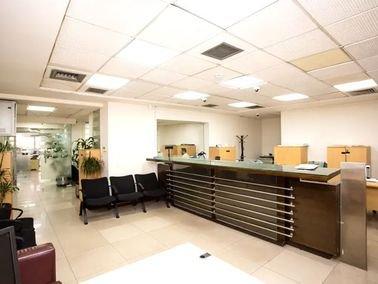 مجمع تجاري مكتبي للإيجار، 900 متر مربع، الشميساني، عمان