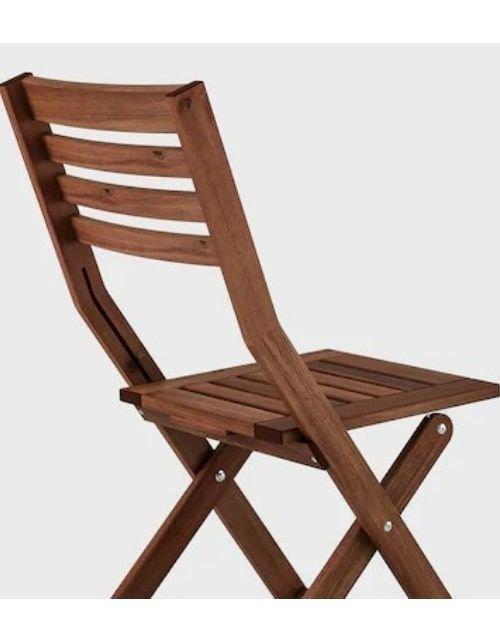 طقم جلوس خارجي طاولة وكرسيين خشب من إيكيا، قابل للطي، لون بني