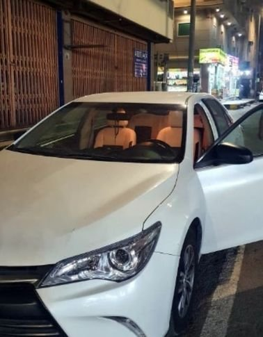 Toyota Camry 2017 for Monthly Rent, Automatic, White color