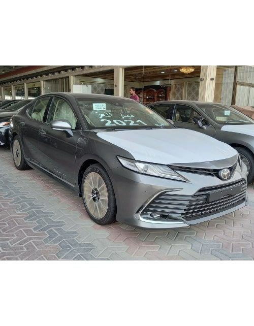 سيارة تويوتا كامري جراندي 2021 جديدة، لون رمادي